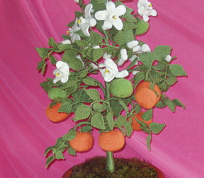 Вязание крючком. Мандариновое дерево.Авторская работа Елены Олейниковой