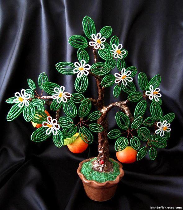 Мандариновое дерево из бисера